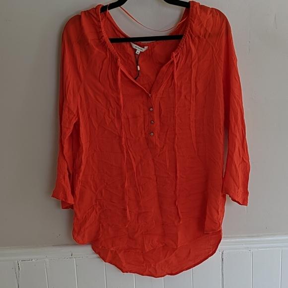 Bright 3/4 Sleeve Blouse